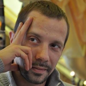 Денис Каспаров